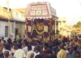 Utsavar murthy in procession to wed Teyvanai Amman the day after the Surasamharam