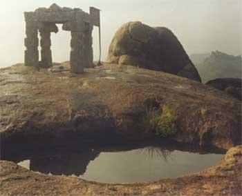 Tirumal Gireeswara - 17kb